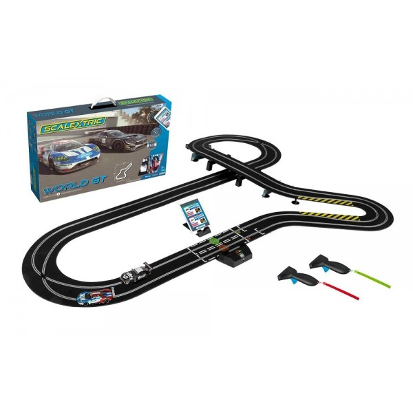 Scalextric ARC AIR World GT (Ford GT GTE v Mercedes AMG GT3)