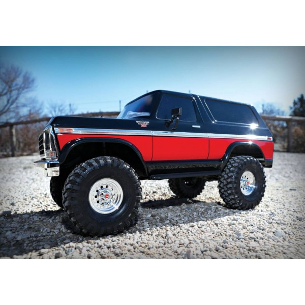 Traxxas Ford Bronco 4WD Electric Rock Crawler Truck with TQi 2.4GHz Radio System